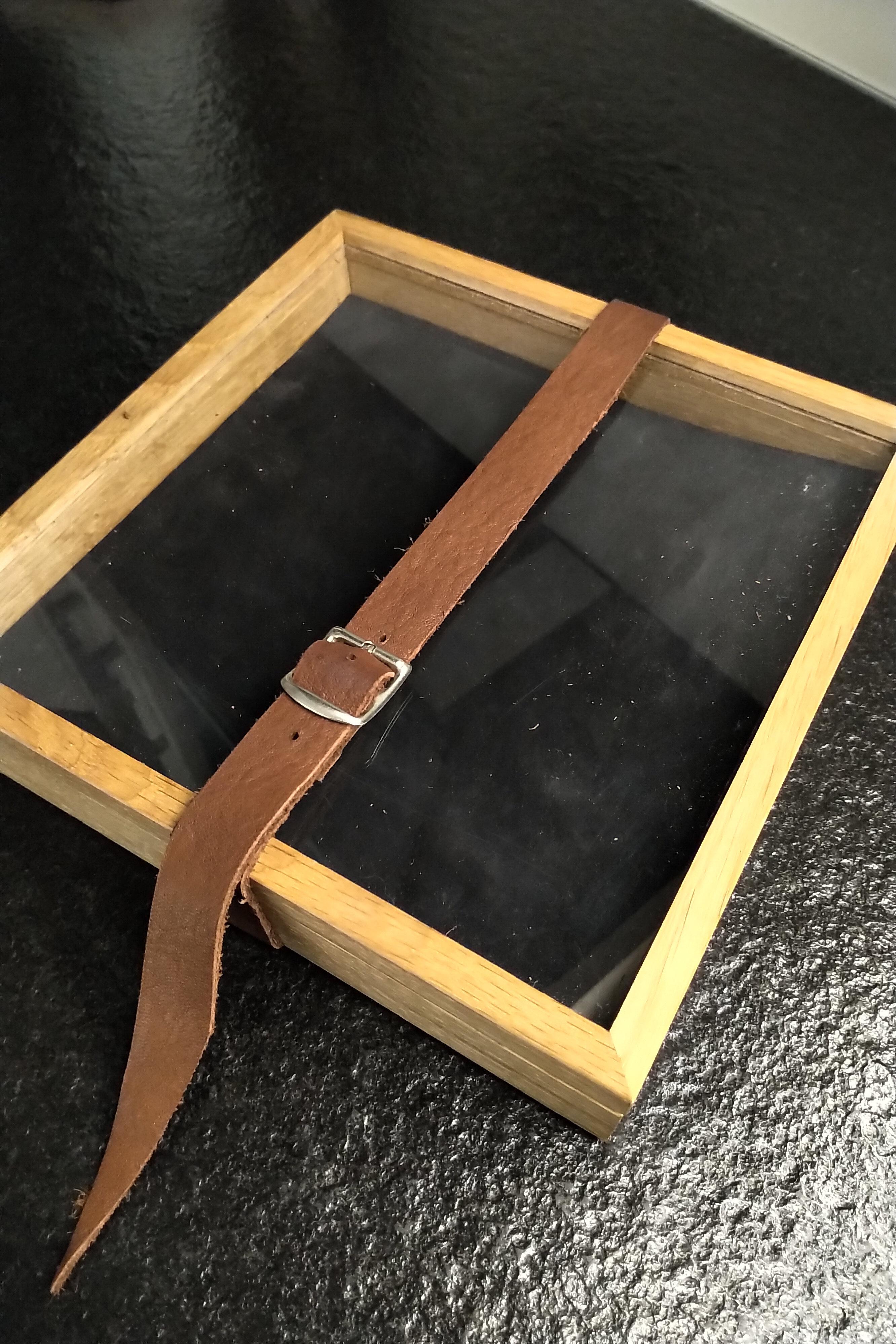Wuerfelbox-klein-Schwarz-LB.jpg